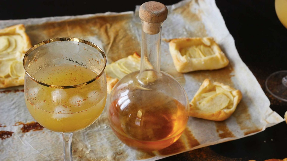 apple-pie-cocktail