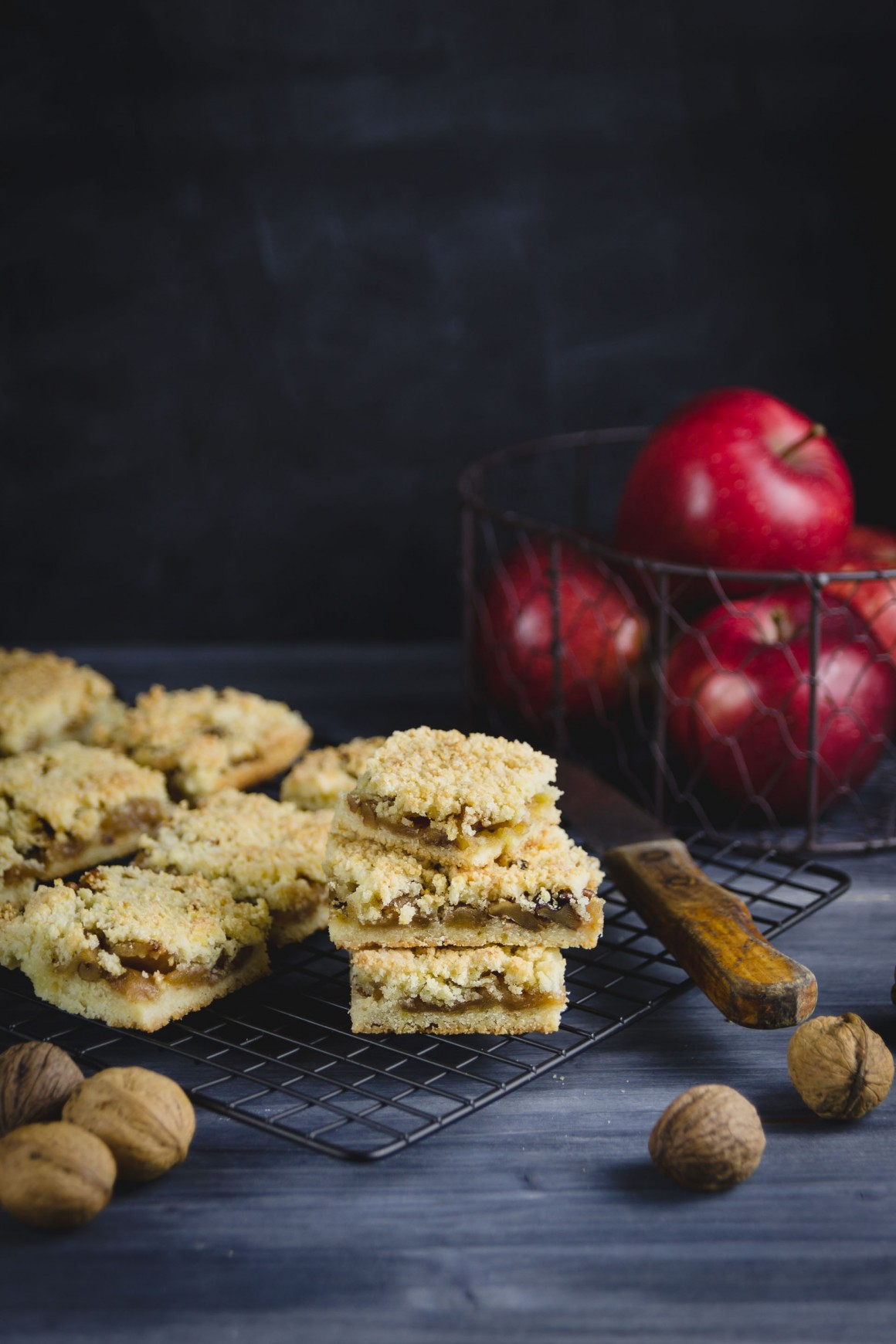 apple crumb bars (7.1)