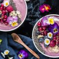 smoothie bowl ai lamponi evidenza