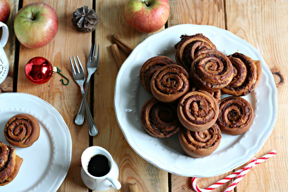 apple-cinnamon-rolls-orizz