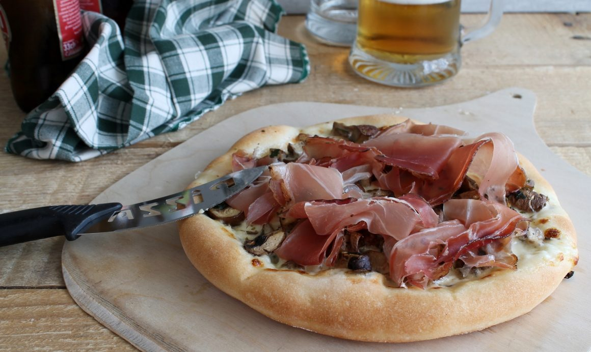 Pizza tirolese senza glutine - Ifood